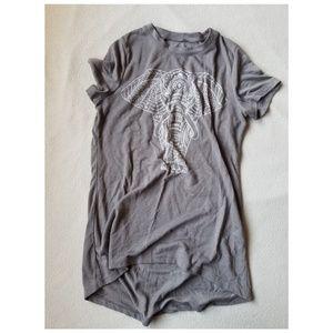 Tops - XS Elephant TShirt